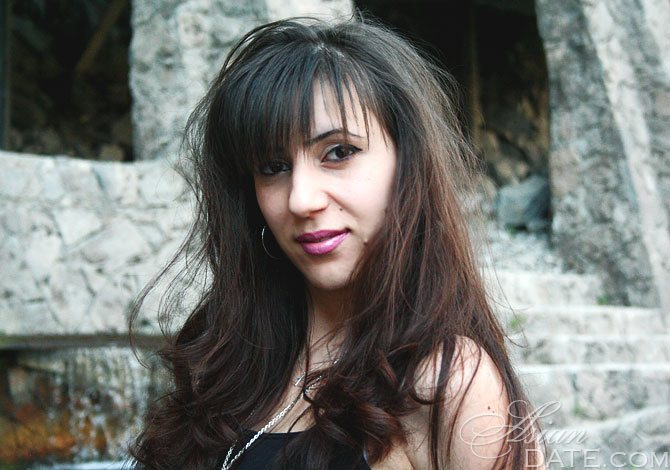 dating yerevan armenia)